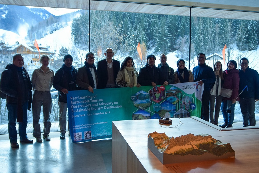 Observatories for sustainable tourism meet for exchange, Indonesian delegation visits South Tyrol